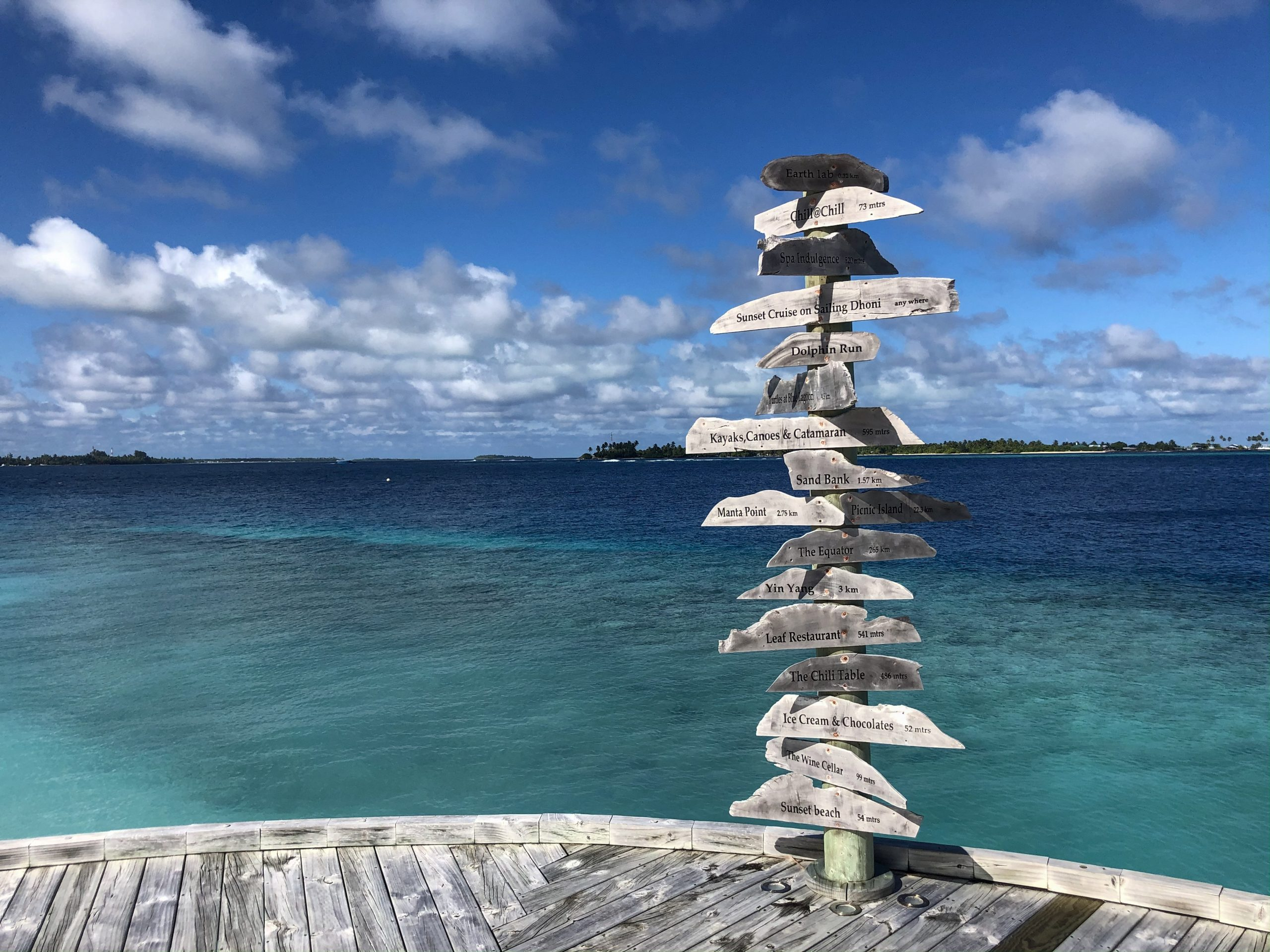 Wayfinding post at Six Senses Laamu